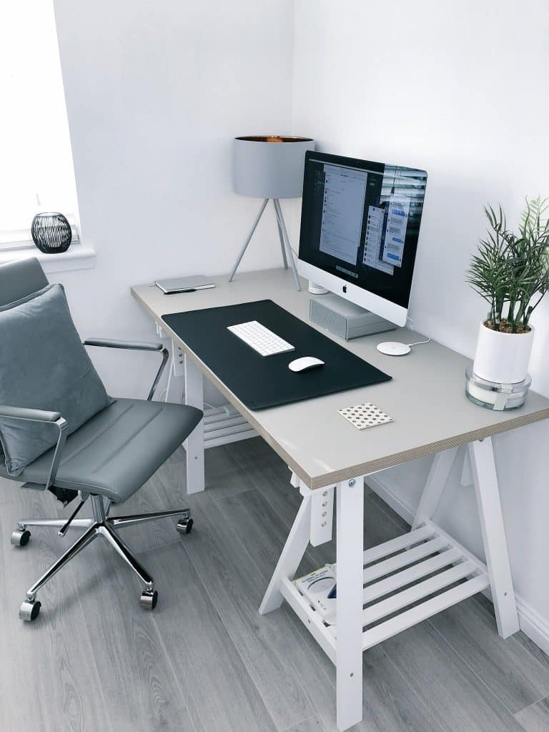 A remote working desk | IT Support Consultancy